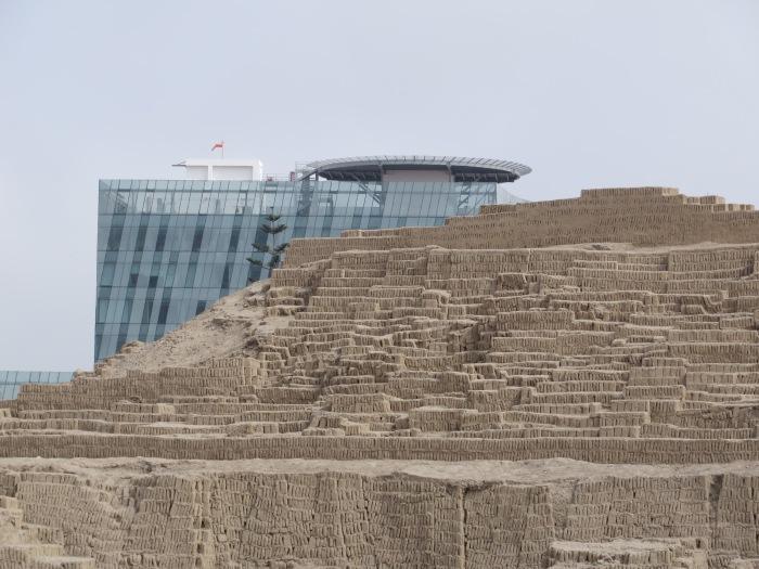 Ancient and modern compete at Huaca Pucllana